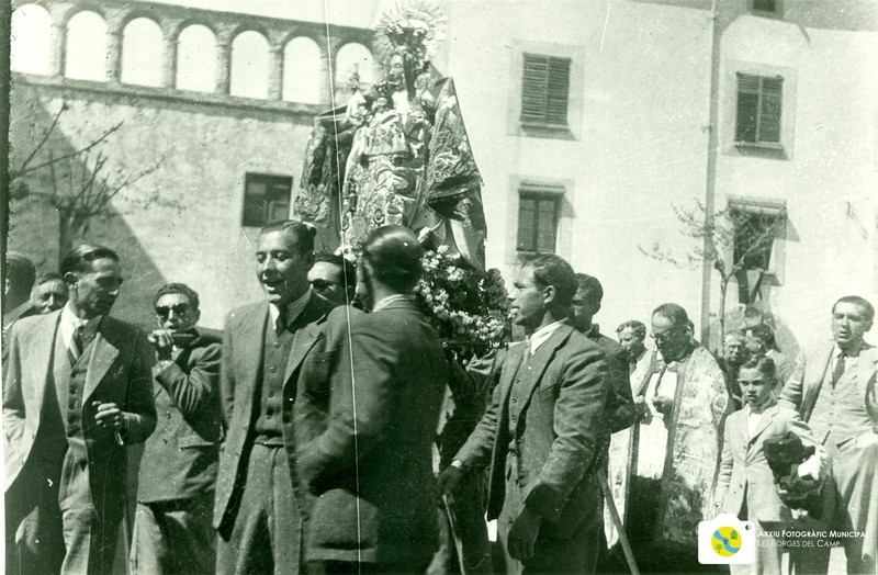 1947 - festa a l'ermita enrunada (3).jpg